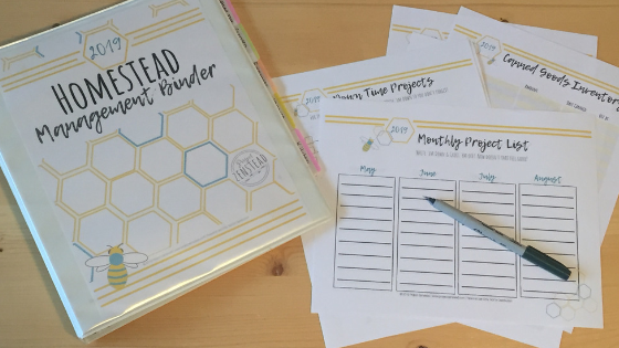 The 2019 Homestead Management Binder is packed with 46 pages of printable sheets to help you organize you homestead!