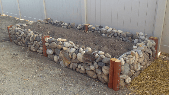 DIY River Rock Garden Bed
